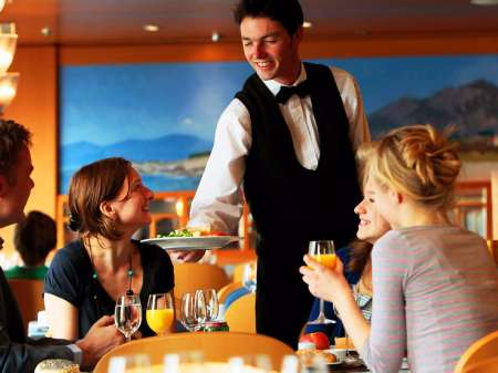 Bartenders and waiters needed urgently